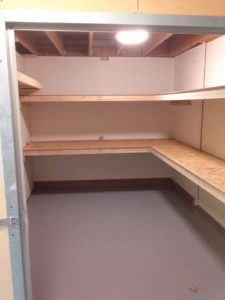 Self Storage Medium Unit Lights & Shelves